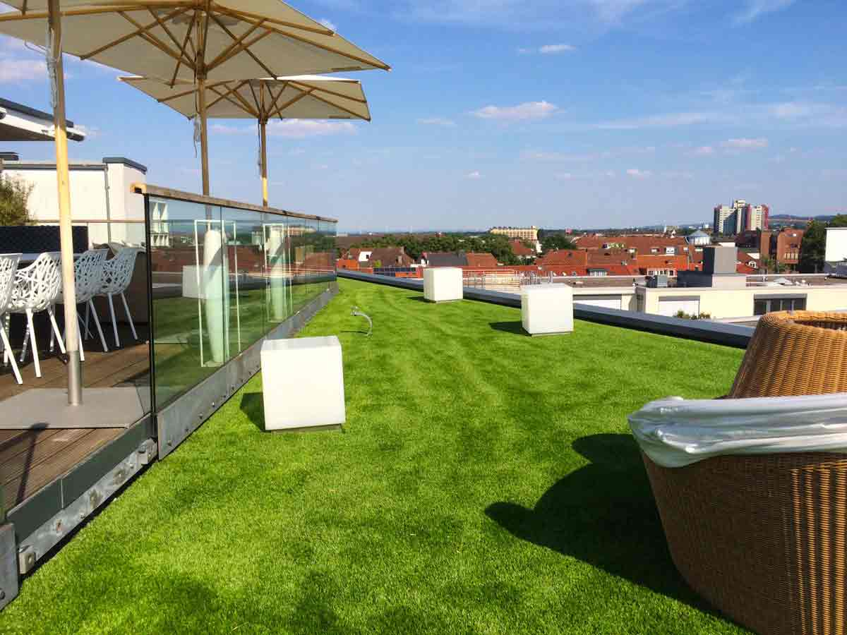 Kunstrasen für Penthaus/Dachgarten kaufen   Golden Green Kunstrasen